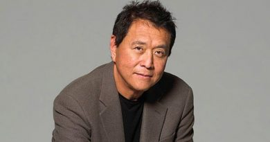 Robert Kiyosaki and the advantages of investing in gold